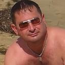 Лишьлюбовьисемья, 44 года