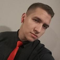 Фотография мужчины Денис, 21 год из г. Санкт-Петербург