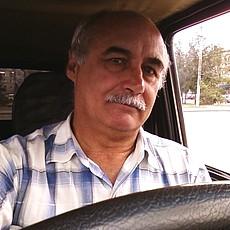 Фотография мужчины Виктор, 69 лет из г. Урюпинск