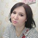 София, 33 года