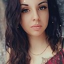 Julia, 22 года